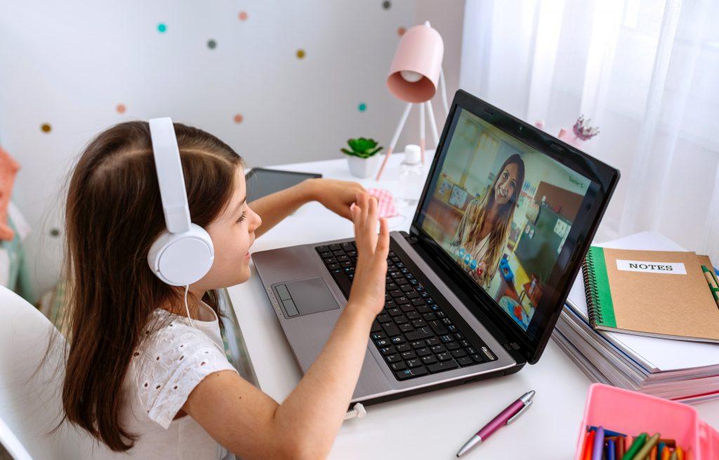 apoyar a tus hijos en las clases virtuales